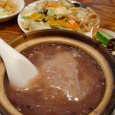 新福記のアワビの黒米粥+焼きそば