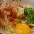 関東炊屋 坂出のだし醤油卵うどん