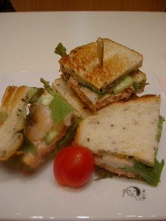 よーじやカフェの梅の華和風サンドイッチ
