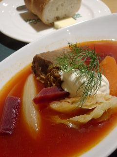 Bistro Vegetable Marketの牛肉とごろごろ野菜のボルシチ