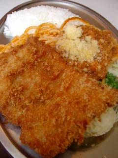 米国風洋食センターグリルのスパゲッティランチ