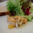 Osteria Austroのパスタランチの前菜とサラダ