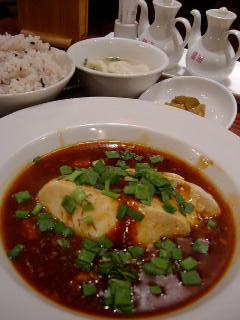 恵比寿餃子 大豊記の特製麻婆豆富定食