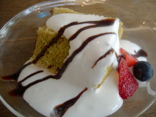 LU'S cafeのランチプレートのデザート