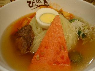 ぴょんぴょん舎銀座百番の盛岡冷麺