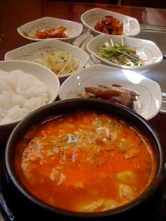 光州食堂の純豆腐チゲランチ